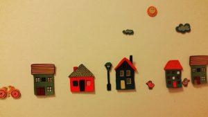 Foto Wand im Kinderzimmer mit Autos und Häusern