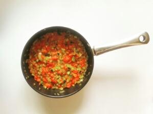 Foto Pfanne mit Sauce