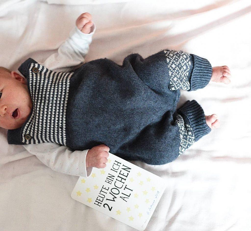Zwei Wochen altes Baby