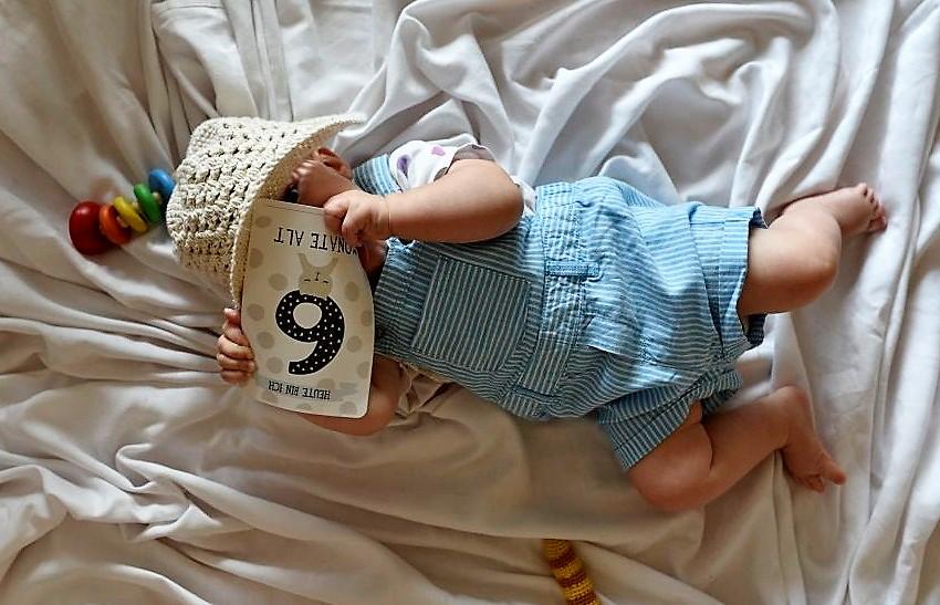 Emma Babymädchen 6 Monate