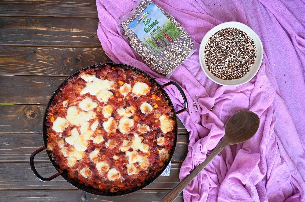 Mexikanischer Bohnenauflauf mit Quinoa